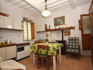 Casa Angelica  Appartamento indipendente c.storico - Pitigliano vacation rentals