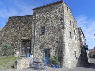 LES BONNES VACANCES CHEZ MARPPLE & PIE - MONTAIGUT - Montaigut-le-Blanc vacation rentals