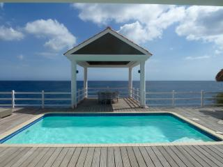 Villa Brillante - Oceanfront With Amazing Views! - Willibrordus vacation rentals