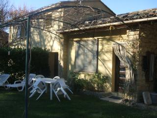 Nice House with Internet Access and Shared Outdoor Pool - Beaumont-du-Ventoux vacation rentals