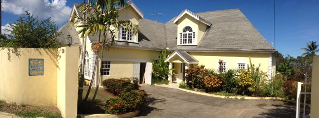 1 bedroom Condo with Internet Access in Bacolet Bay - Bacolet Bay vacation rentals