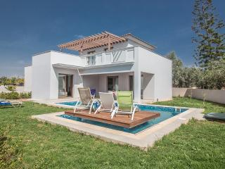 Sian 3 bedroom villa in Ayia Napa center with pool - Ayia Napa vacation rentals