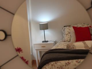 Bica Ropers House, at Ground Floor - Lisbon vacation rentals