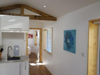 Beautiful Self Contained Garden Annex. - Onchan vacation rentals