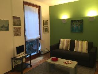 BRIGHT AND QUIET - DUOMO DISTRICT - Milan vacation rentals