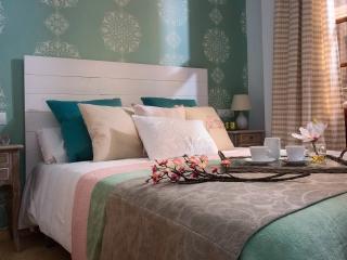 LIVING4MALAGA - Constitucion 5 - Malaga vacation rentals
