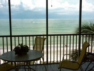 Lanai Directly Overlooking Gulf, Dolphins are often spotted - Luxury Direct Beachfront at Sundial w/2 Free Bikes - Sanibel Island - rentals