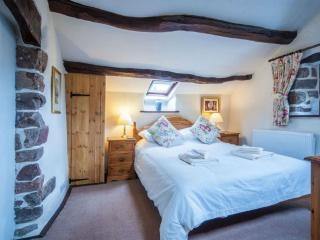 Romantic Cottage with Internet Access and Television - Eskdale vacation rentals