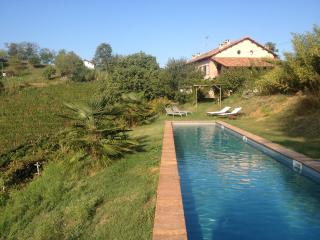 Casa Isabella - Luxury farmhouse in wine country - Nizza Monferrato vacation rentals