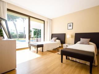 Luxury Villa 7 In Exquisite Classic Style In Puerto Banus - Marbella vacation rentals