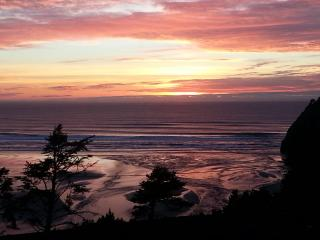 Pastel Sunset at Agate Beach ~ RA69929 - Newport vacation rentals