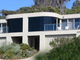 dlux + Great Ocean Road Lorne Victoria Australia - Lorne vacation rentals