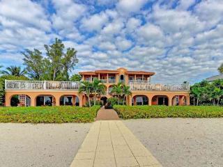 Perfect 3 bedroom Condo in Holmes Beach - Holmes Beach vacation rentals