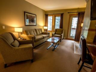 Canmore Lodges at Canmore Spacious 3 Bedroom Condo - Canmore vacation rentals