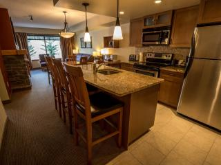 Copperstone Resort 1 Bedroom + Den Condo Near Canmore - Dead Man's Flats vacation rentals