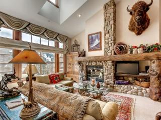 Rustic 3BR + Den Meadows Townhouse In Beaver Creek Village, 180 Yards To Ski Access - Beaver Creek vacation rentals