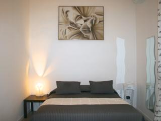 Bed&breakfast Antica Napoli - Naples vacation rentals
