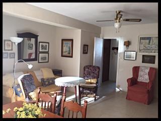 [723] Confortable apartment at the sea promenade - Cadiz vacation rentals