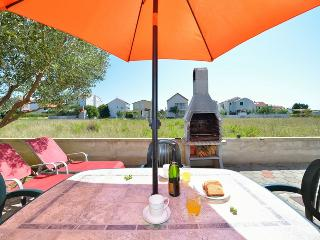 Apartment In Nin for 4+2 people - Nin vacation rentals