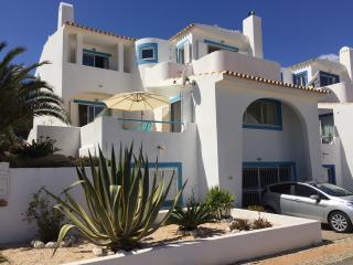Muramaris, stunning sea views and private pool. - Salema vacation rentals