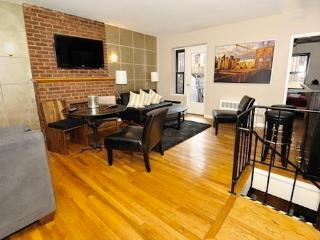 Duplex 3BR/2BA + outdoor space in Upper West Side - New York City vacation rentals