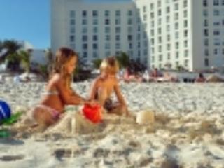 FEB 11-18. VALENTINE SPECIAL $119/nt.  OCEAN APT. - Cancun vacation rentals