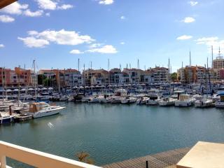 Ravissante Maison vue panoramique-Jacuzzi-Jardin - Cap-d'Agde vacation rentals
