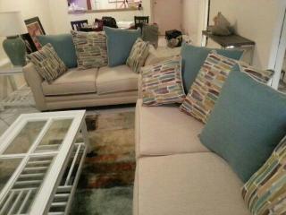 Cozy 2 Bed 2 Bath Miramar Condo - Miramar vacation rentals