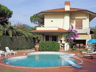 Villa Fiorella - 1628woi - Lido di Camaiore - Camaiore vacation rentals