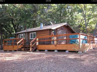 Cozy House with A/C and Parking - Camp Nelson vacation rentals