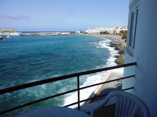 Apartment in Los Cristianos directly on the sea - Los Cristianos vacation rentals