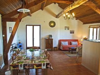 Spacious 4-star Converted Barn with Character - Rieupeyroux vacation rentals