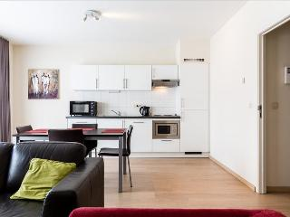 Modern 2br steps from the centre - Saint-Josse-ten-Noode vacation rentals