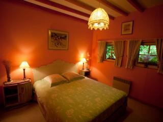 La Gran'Porte Chambre d'hôtes - Troisvaux vacation rentals
