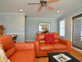 Lovely House with Deck and Internet Access - Kure Beach vacation rentals