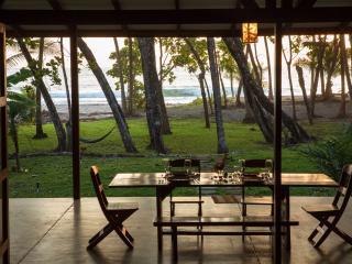 Mahogany Beach House, family friendly, Mal Pais - Mal Pais vacation rentals