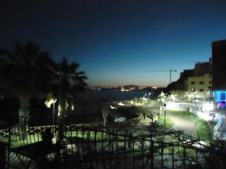 Perfect 2 bedroom B&B in Pozzuoli - Pozzuoli vacation rentals