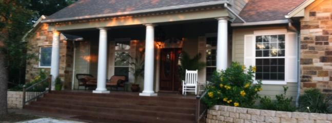 LOVELY COUNTRY HOME, 30 MINUTES TO AUSTIN - Image 1 - Cedar Creek Lake - rentals