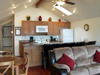 Aug. 27th - Sept. 3rd available! Special Rate!! - Twin Lake vacation rentals