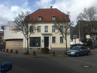 120 qm Maisonette Wohnung in einem Denkmal - Kaiserslautern vacation rentals