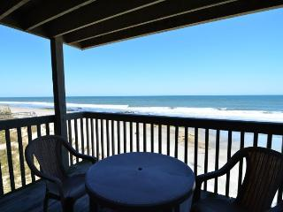 Lovely 3 bedroom Condo in Kure Beach with Deck - Kure Beach vacation rentals