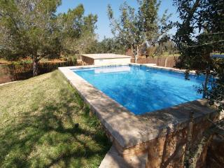 VILLA ES TRES PINS - Spain vacation rentals