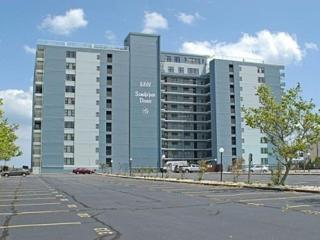 1 BEDROOM OCEANFRONT CONDO W/POOL! - Ocean City vacation rentals