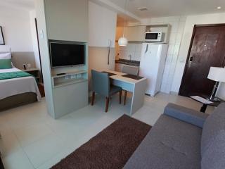 Apto totalmente mobiliado em Boa Viagem - Recife vacation rentals