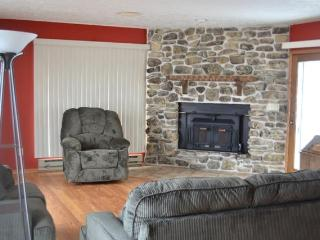 Nice 4 bedroom Condo in Sturgeon Bay - Sturgeon Bay vacation rentals