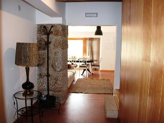 Cozy House with Dishwasher and Long Term Rentals Allowed - Guarda vacation rentals