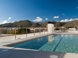 Tango 3 Bedroom Modern Apartment, Roof Top Pool - Port de Pollenca vacation rentals