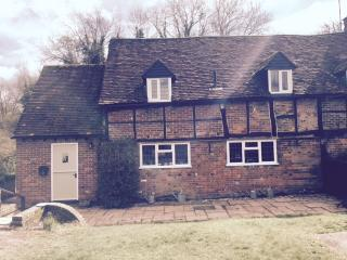 Country Cottage Tring Hertfordshire - Tring vacation rentals