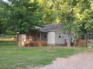 Nice Cabin with Deck and Internet Access - Galena vacation rentals