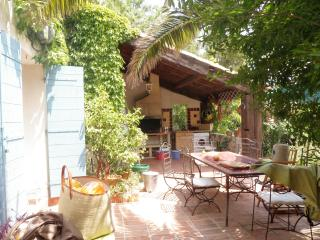 Nice House with Long Term Rentals Allowed and Parking - Sausset-les-Pins vacation rentals
